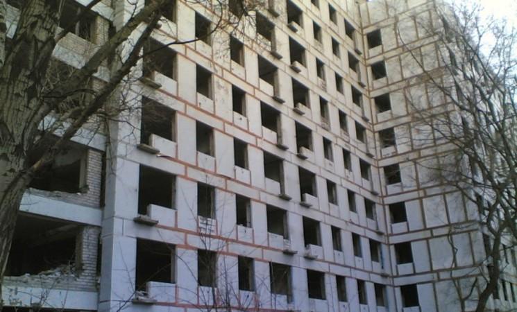 Реконструкция дома № 9 на жилмассиве Тополь, наконец-то сдвинется с мертвой точки